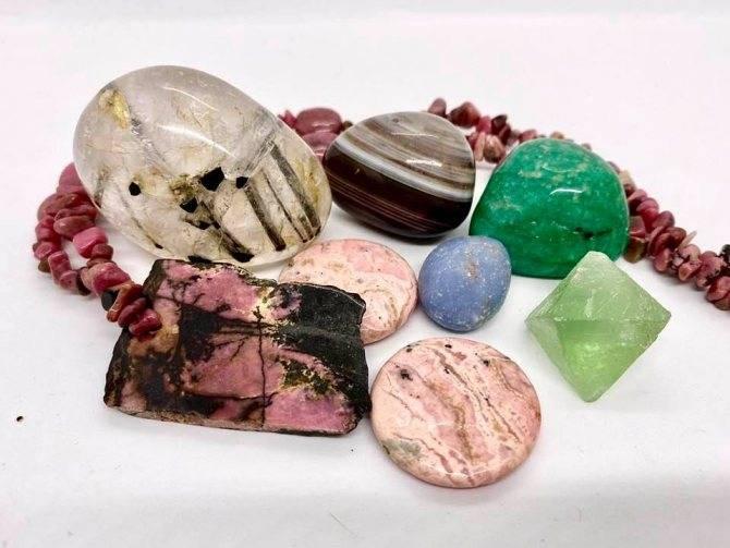 Камень здоровья и долголетия: как выбрать, польза (для женщин, по знаку зодиака и болезням), свойства, использование, какие минералы не подойдут