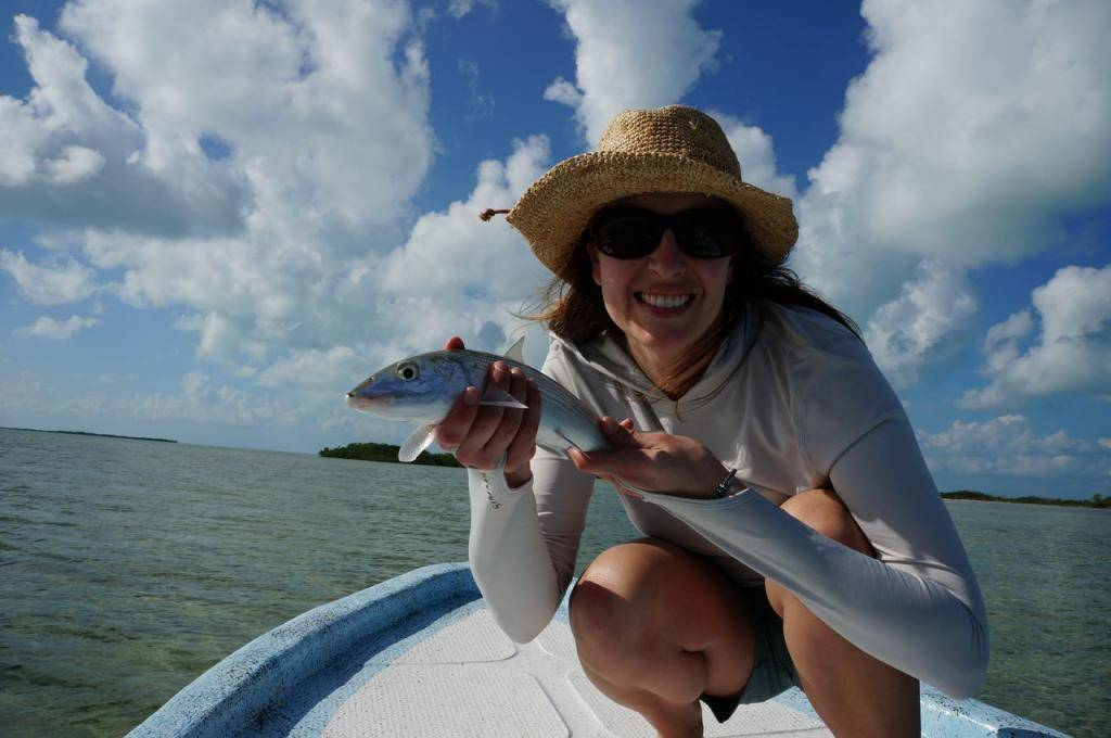 Рыбу ловить руками