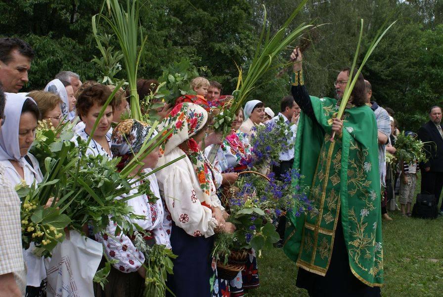 Праздник святой троицы — история, поверья, ритуалы