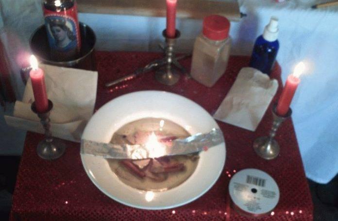Правила проведения приворота на свечах