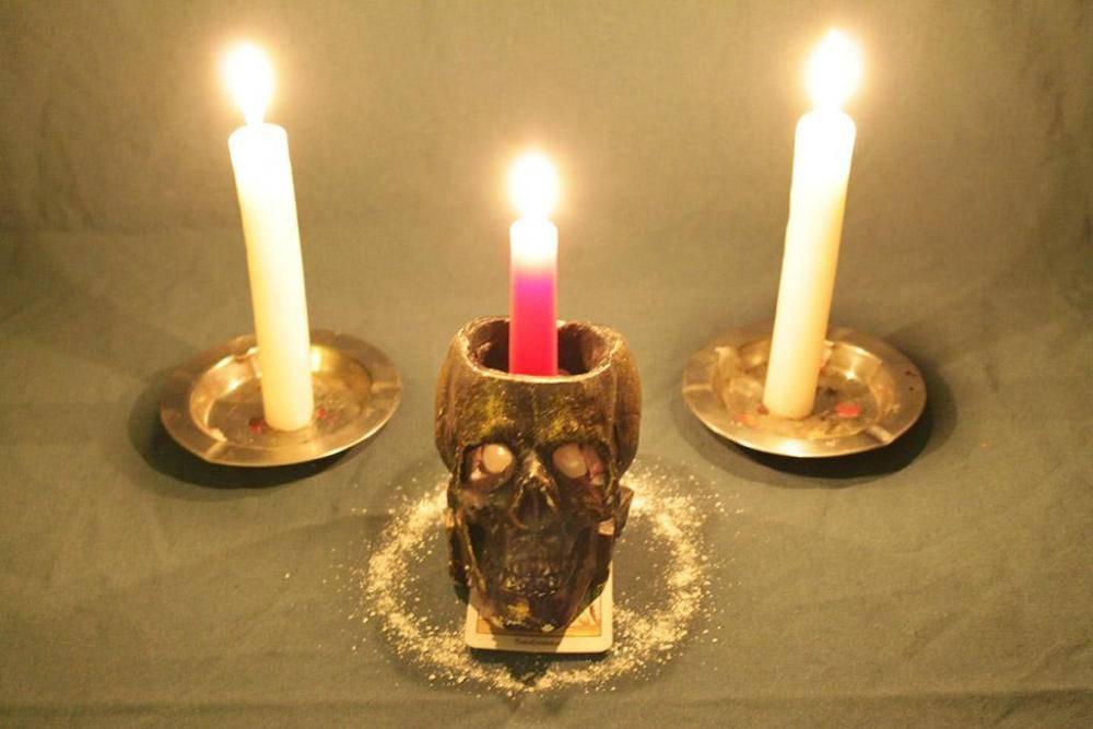 Приворот на церковные свечи