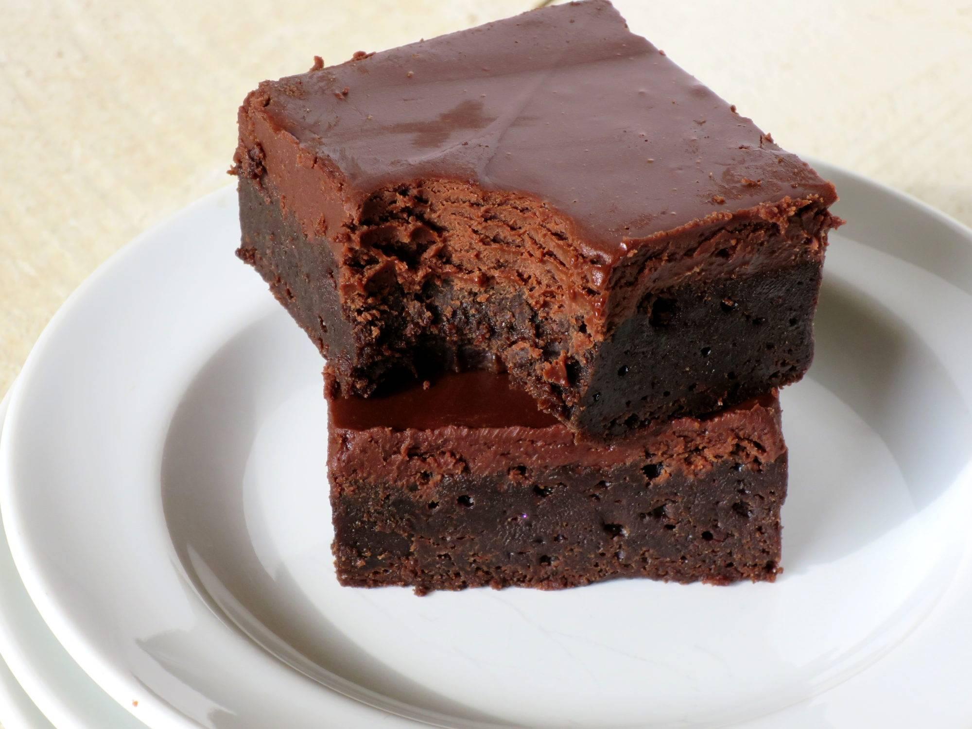 Рецепты брауни: классический, с какао, с вишней, с творогом, с жидкой начинкой