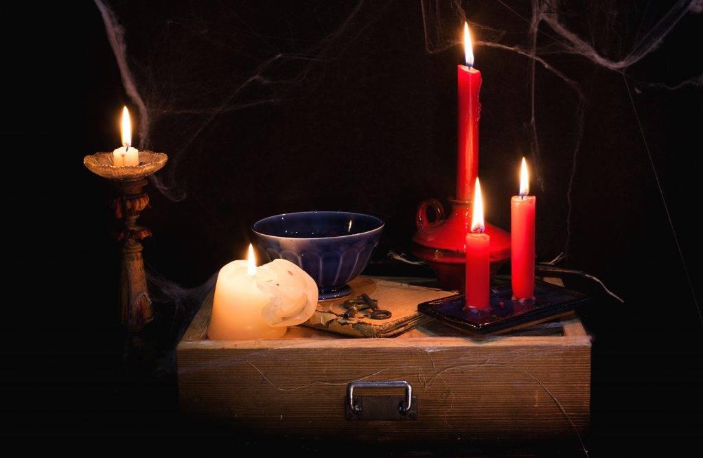 Гадание на свечах: разные варианты