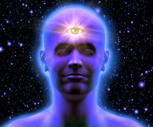 Что такое третий глаз у человека: интуиция, связь с космосом или выдумка эзотериков?