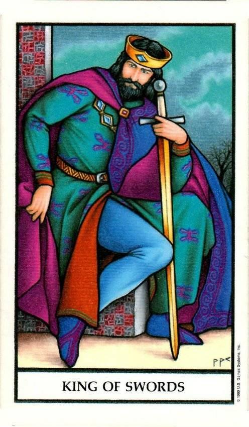 Кармические значения карт таро: масть мечей
