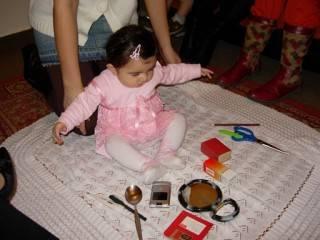 Как расшифровать примету о первом зубике у ребенка?