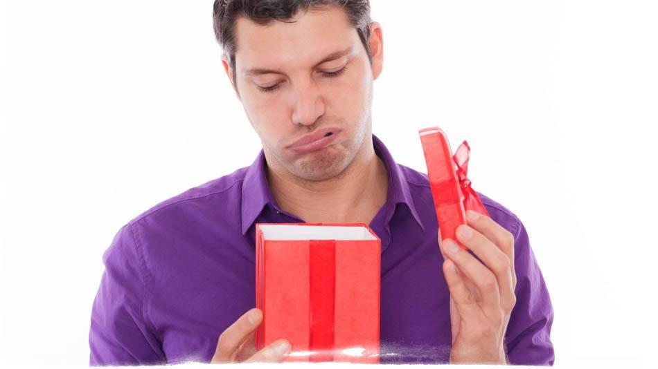 Что нельзя дарить: 10 вещей, которые приносят неудачи