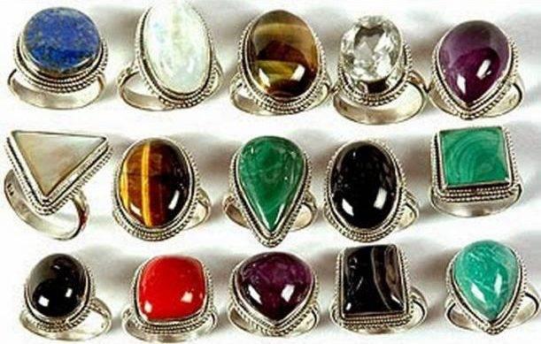 Какие камни носить для привлечения денег, процветания и удачи?