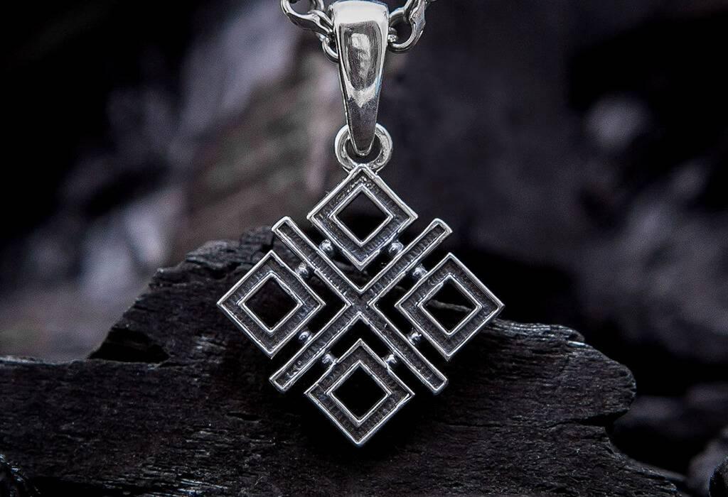 Символ макошь: его значение для древних славян и в современности