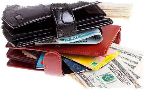 Цвет кошелька притягивает или отталкивает деньги. узнай, какой кошелек у тебя