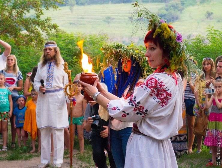 День перуна: обряды и традиции празднования
