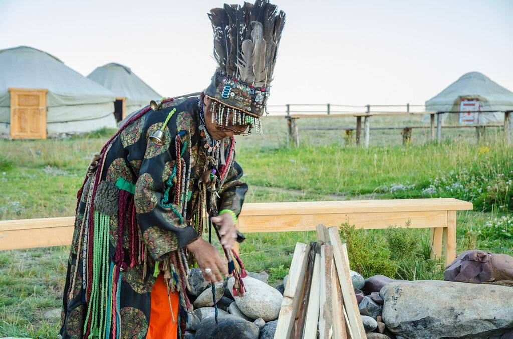 В чем сила рода? в гостях у алтайского шамана