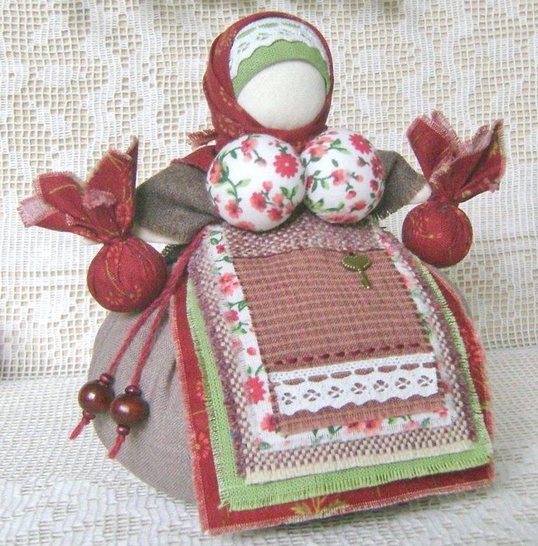 Кубышка травница — народная тряпичная кукла своими руками. мастер-класс | каракули
