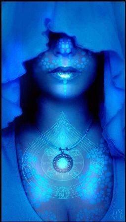 Вишудха — чакра самовыражения, общения и творческих способностей (голубая горловая)