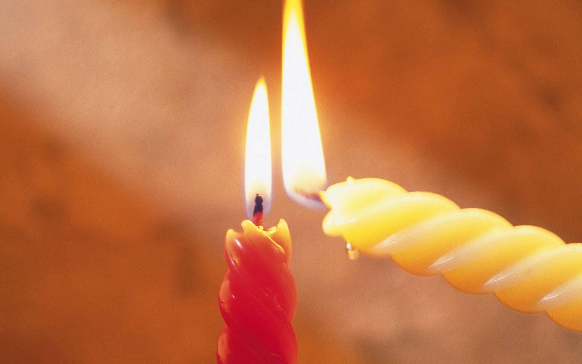 Приворот на скрученные свечи как снять