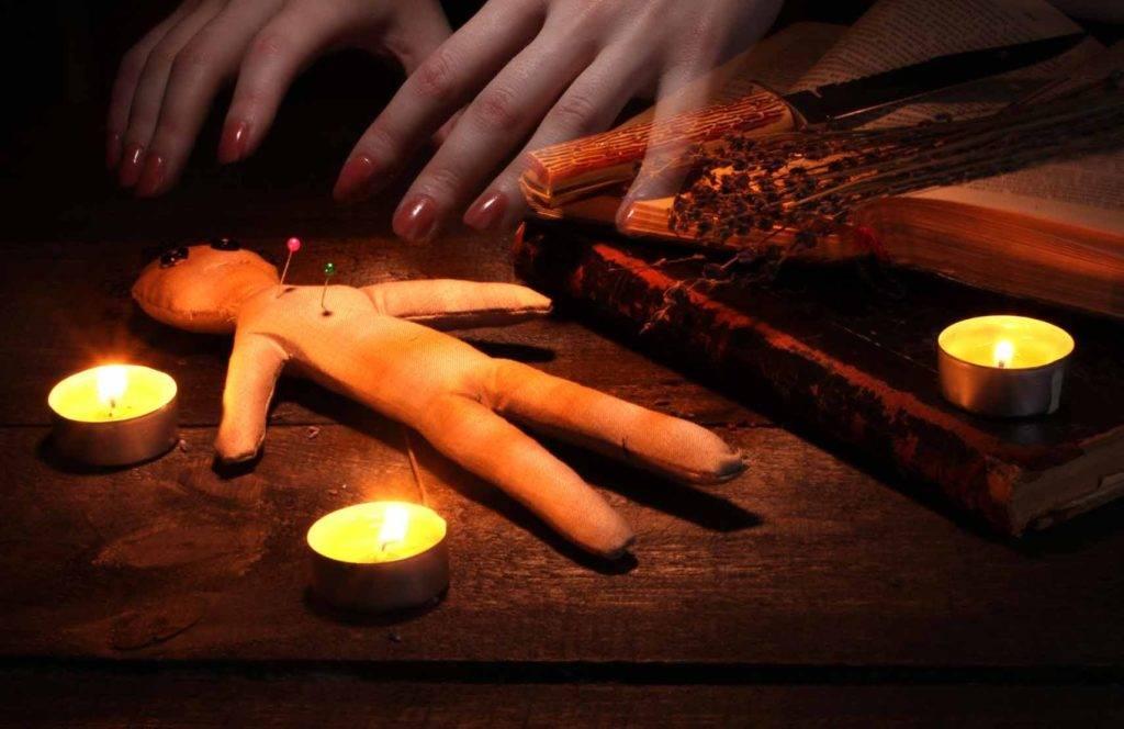 Как снять порчу в домашних условиях: действенные ритуалы