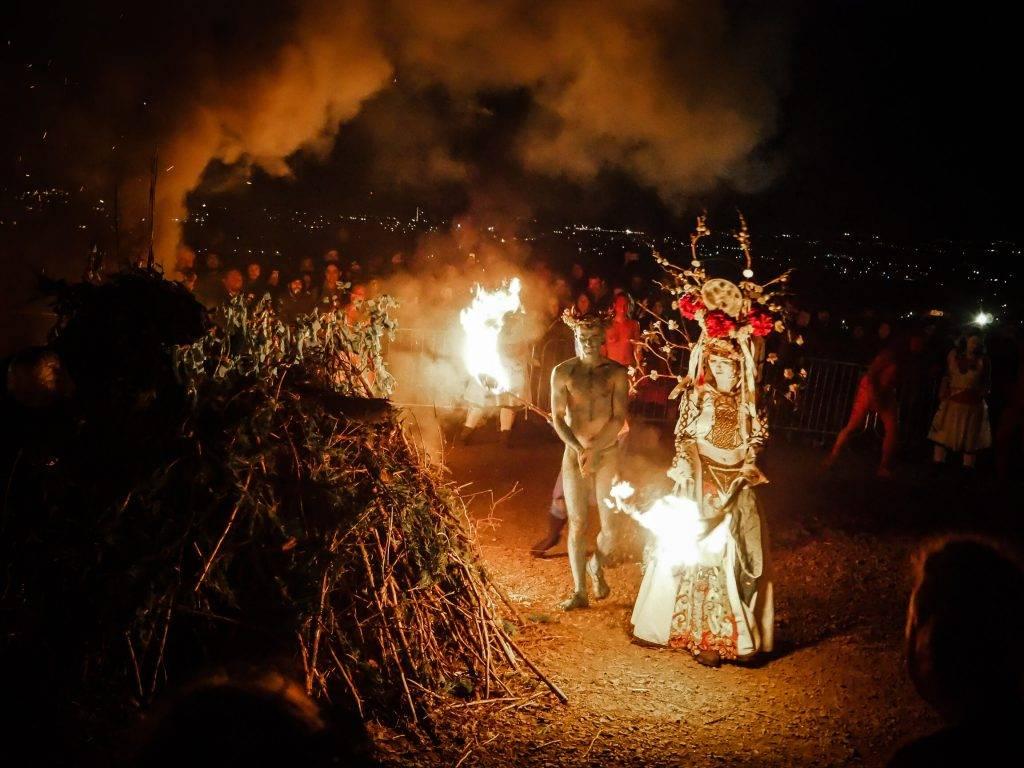 Вслед за солнцем и луной. главные шаманские праздники | культура якутии