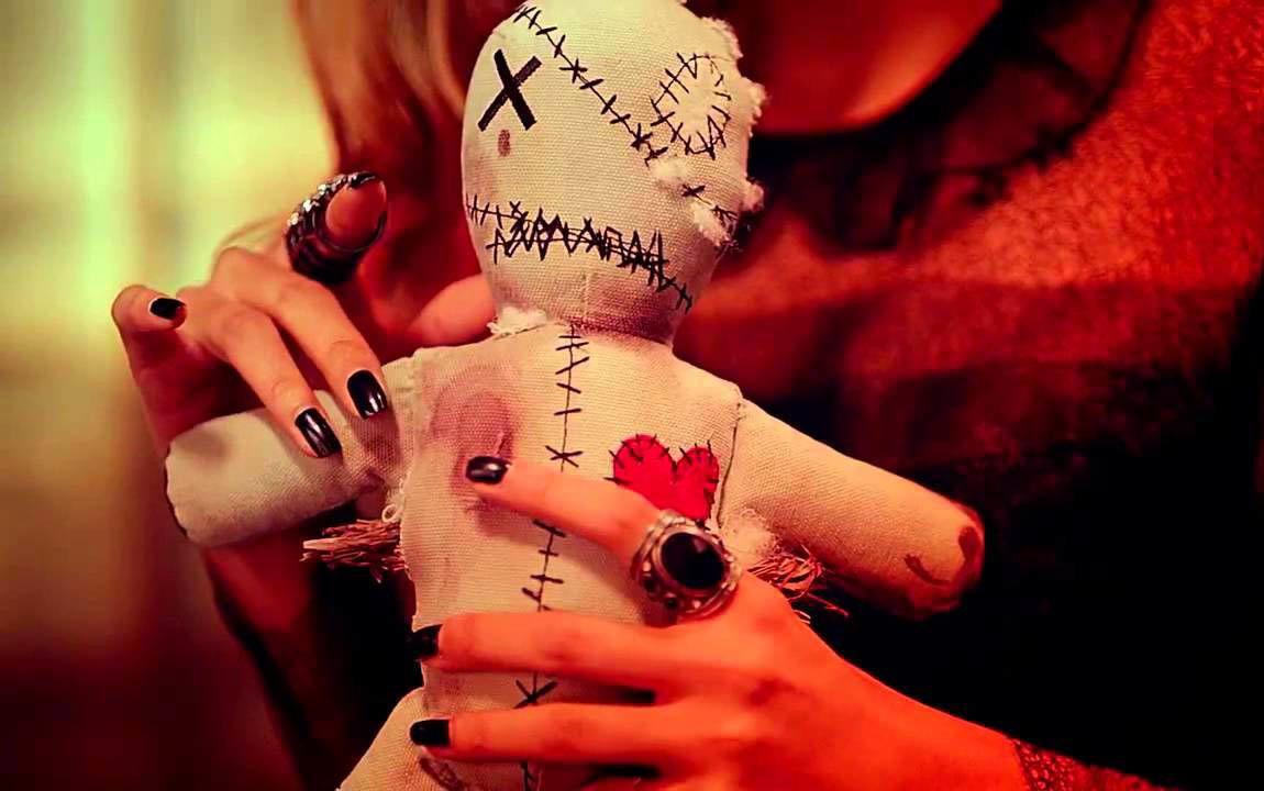 Как сделать приворот с помощью куклы вуду