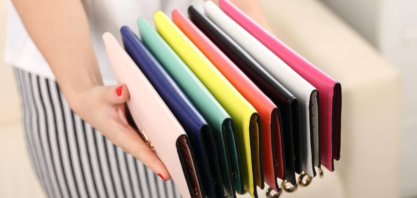 Какого цвета должен быть кошелек для привлечения денег по фэн-шуй