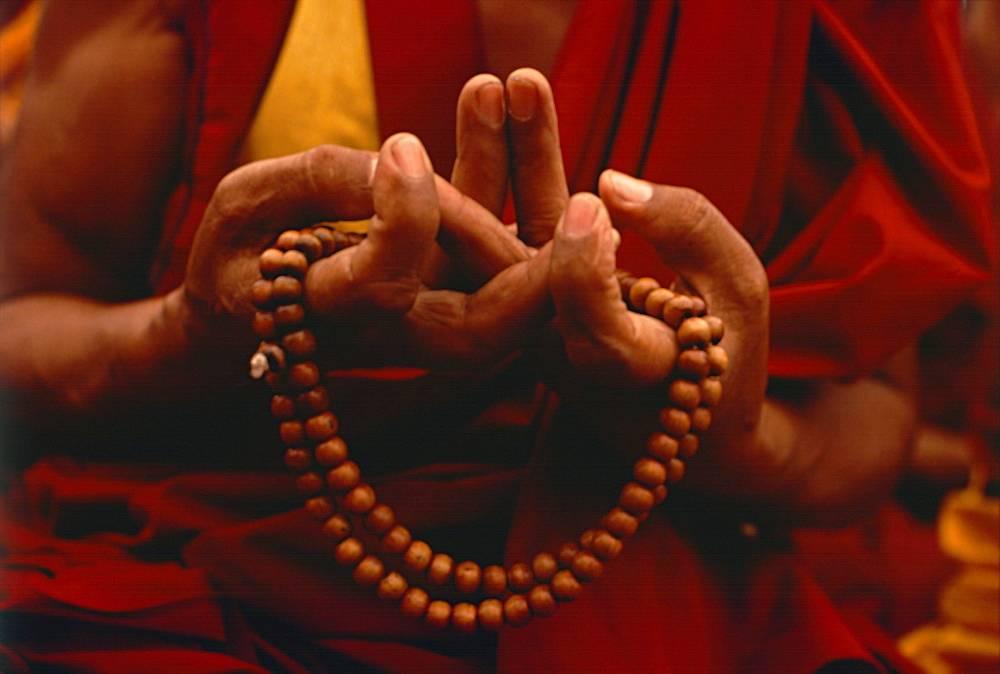 Мантры тибетских монахов скачать все песни в хорошем качестве (320kbps)