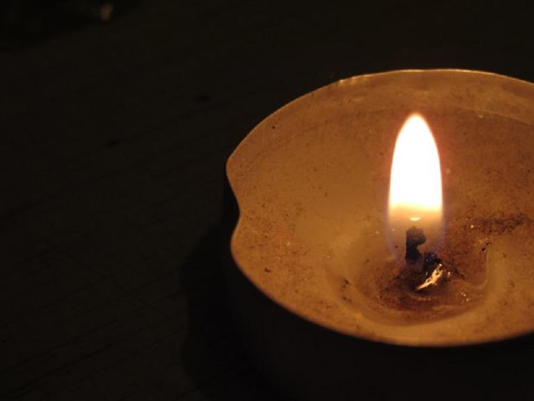 Гадания в домашних условиях со свечами: на будущее, на любовь, на исполнение желаний…