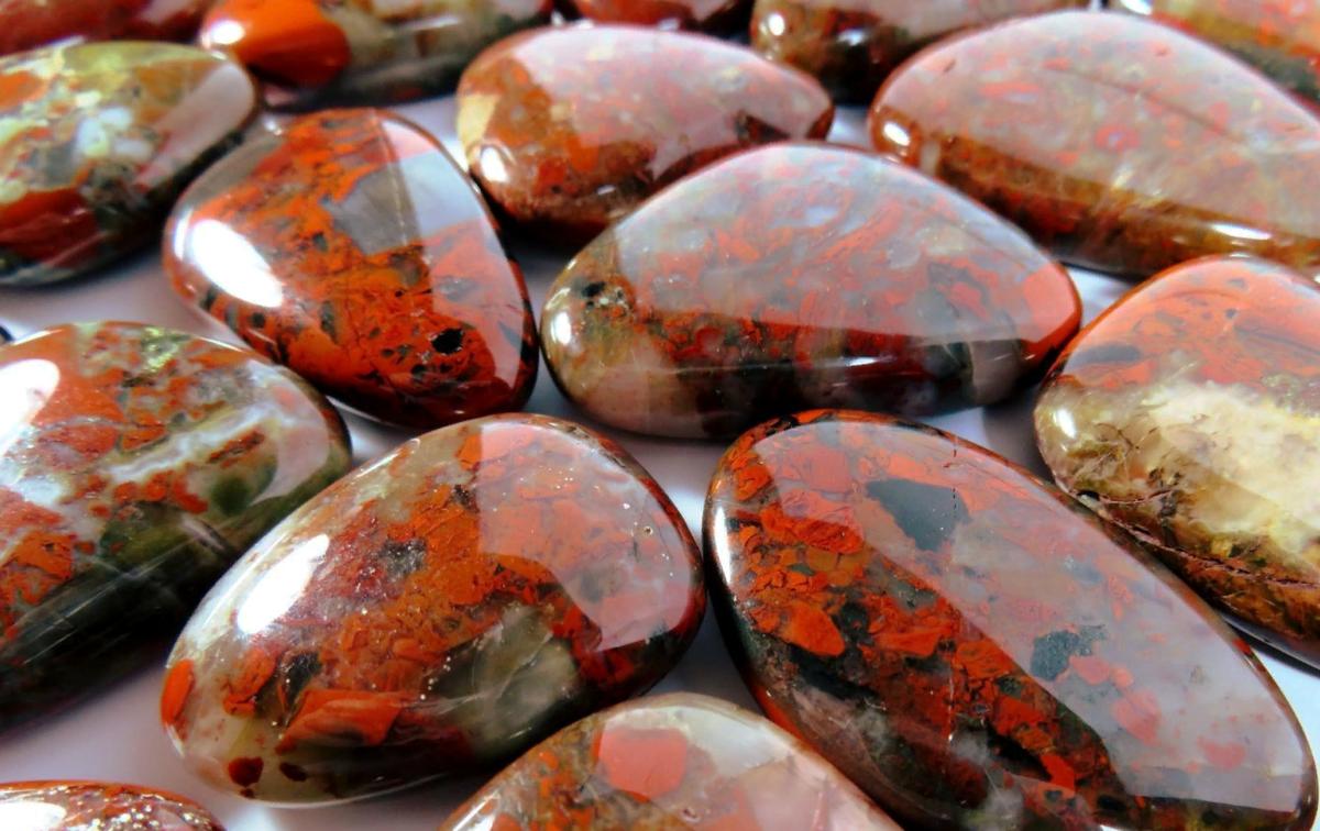 Самые сильные камни-обереги, защищающие от сглаза и порчи