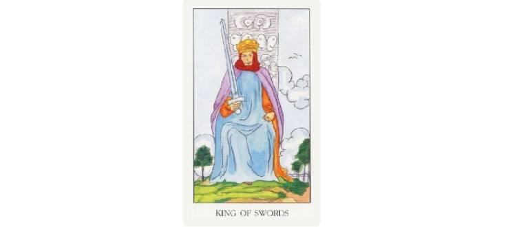Королева мечей таро: значение в отношениях, любви, здоровье, работе