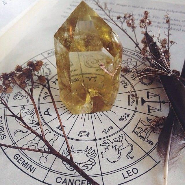 Камень адуляр – подарок луны. свойства и значение