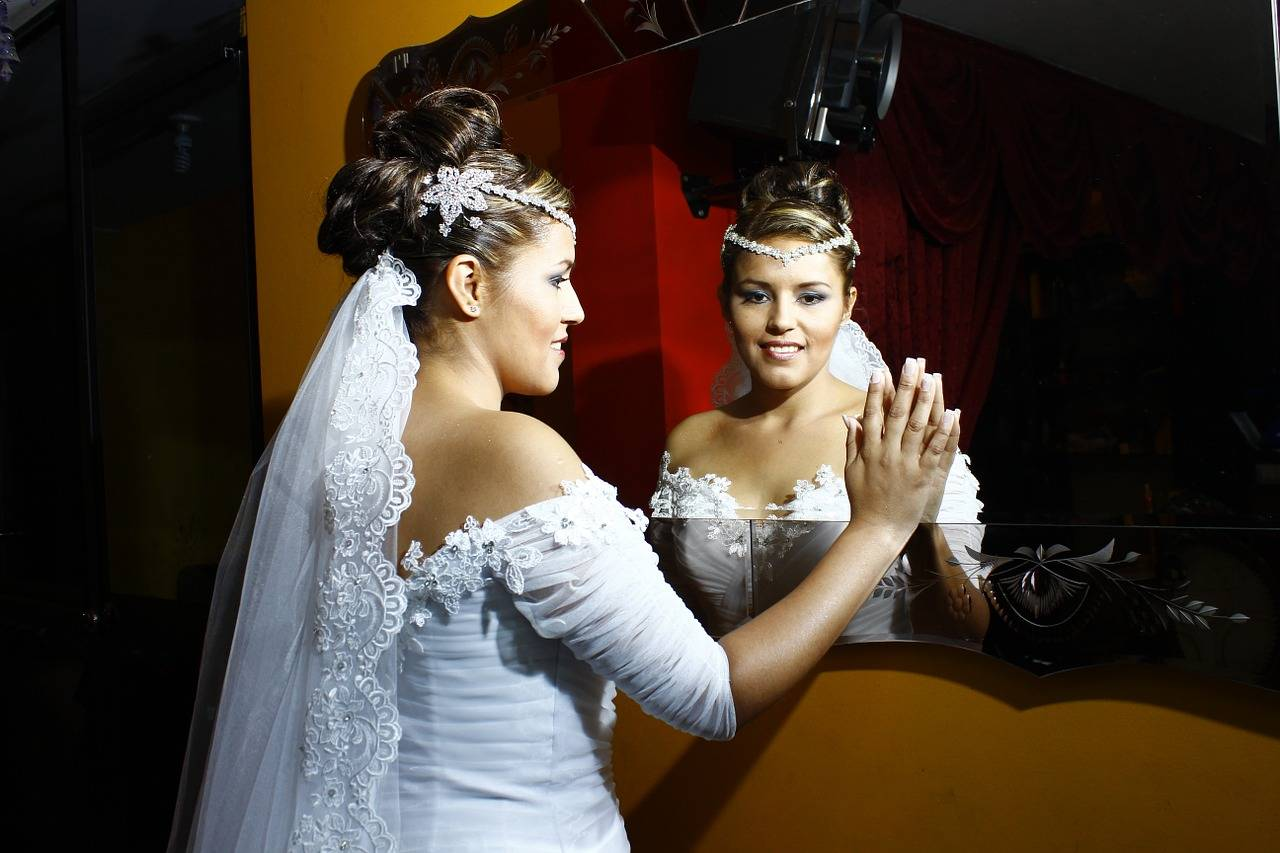 Народные приметы в свадебный день для молодых и родителей