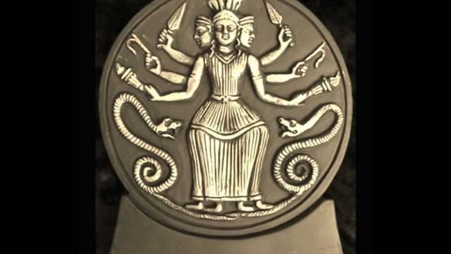Астарта — демоница и первейшая богиня людей