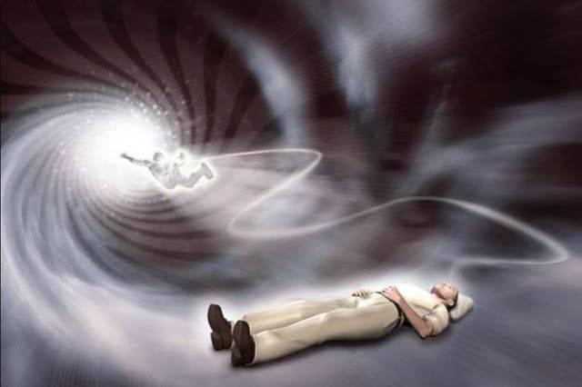 Как астральная проекция связана со сновидениями человека это | путь к осознанности