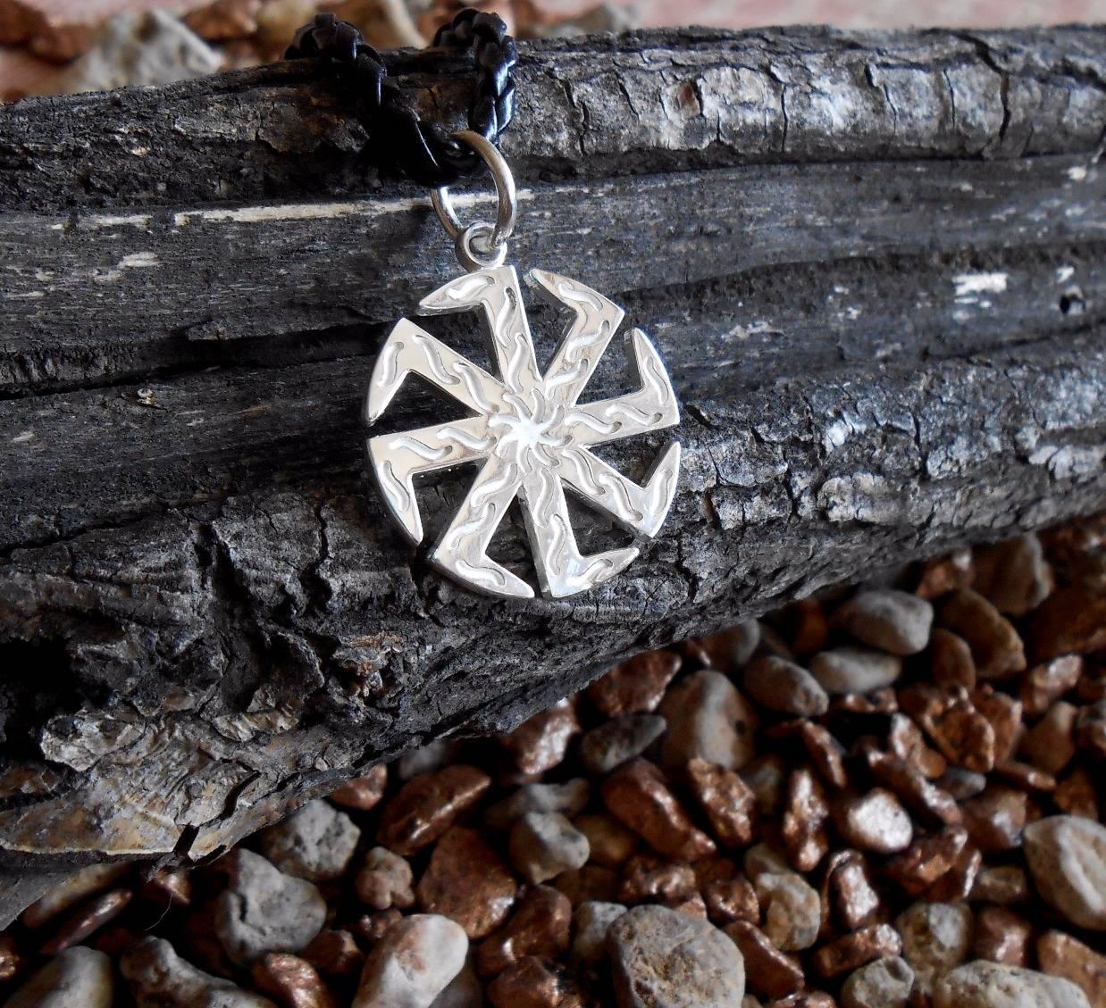 Славянский символ коловрат и значение оберега